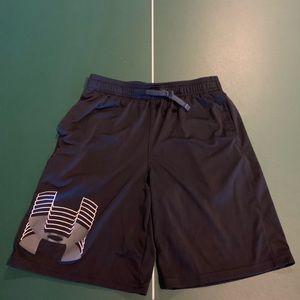 Under Armour Heat Gear Shorts YL